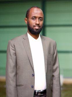 Dr Mohamed Qalib Daqane